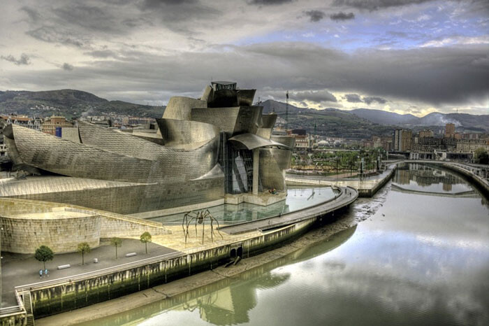 8 Impressive Buildings That Take You To A Parallel Universe 5