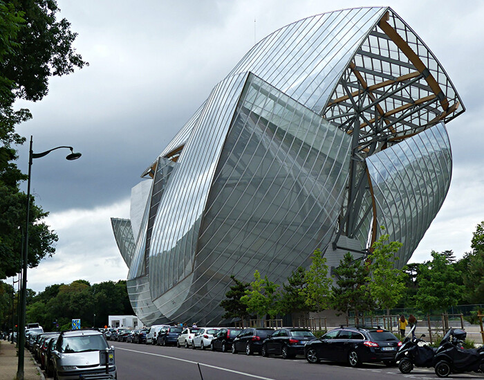 8 Impressive Buildings That Take You To A Parallel Universe 7