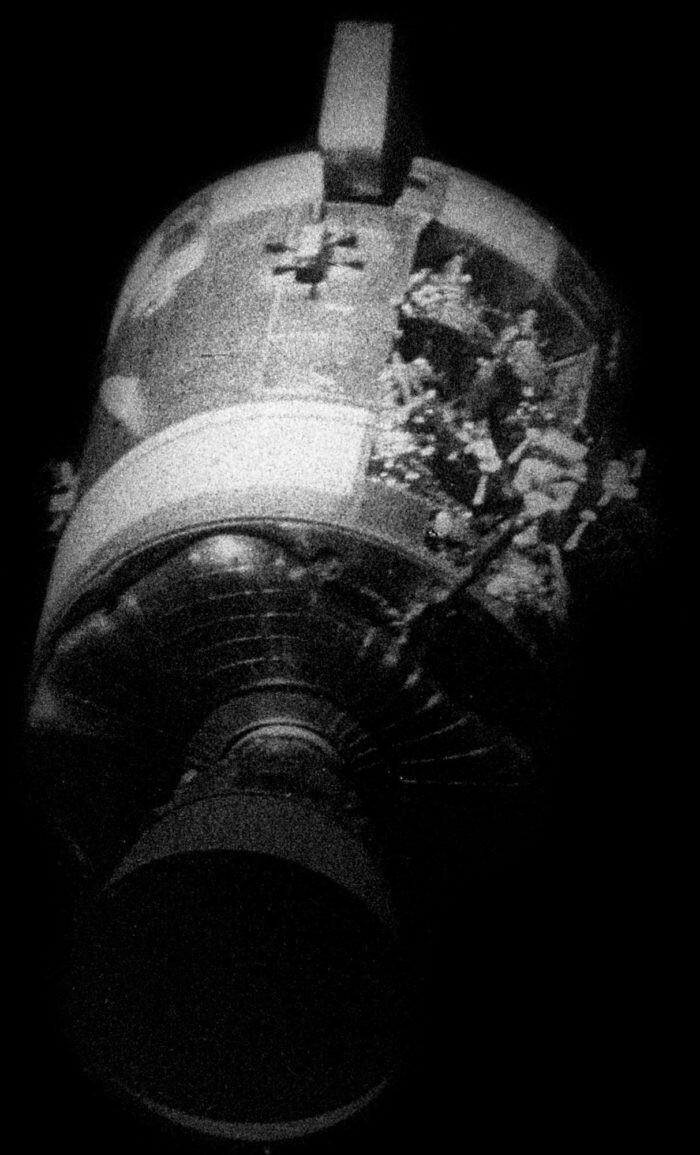 Close Calls And Controversy: The Last Hurrah Of The Apollo Missions - UFO Insight 5