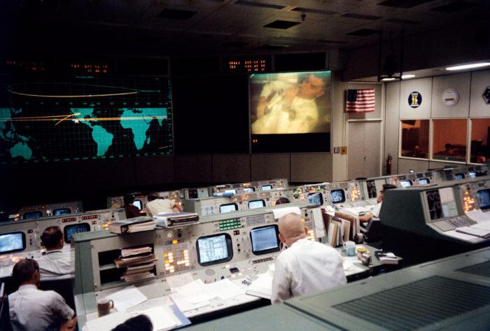 Close Calls And Controversy: The Last Hurrah Of The Apollo Missions - UFO Insight 6
