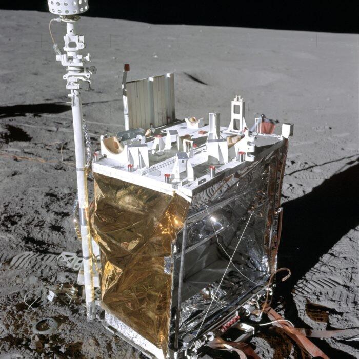 Close Calls And Controversy: The Last Hurrah Of The Apollo Missions - UFO Insight 14