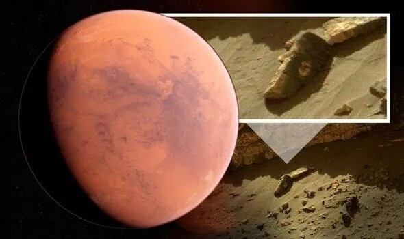 Life on Mars? UFO hunter is convinced NASA photo of 'alien face' proves aliens are real 1