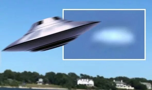 UFO sighting: 'Alien disk' spotted flying over New York – 'Undeniable proof' 1