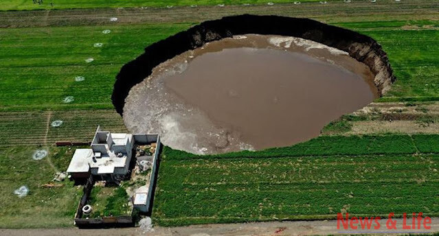 UFO Exit Tunnel Collapses Leaving Sink Hole, Mexico, Video 1