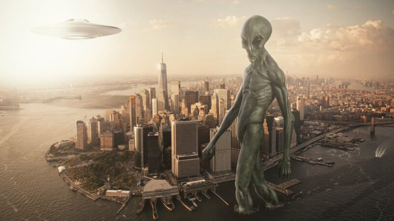 UFO incoming! Most believe an alien invasion of Earth is inevitable 1
