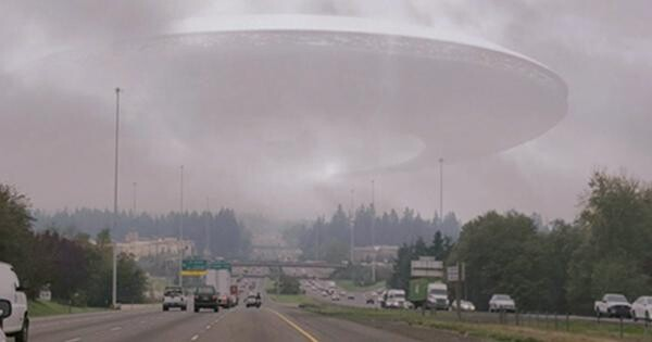 UFOs that visit us may actually come from parallel worlds, according to a French Intelligence Officer 1