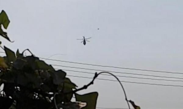 UFO shoots past helicopter in Bangkok; conspiracy theorist says aliens are monitoring human technology 1