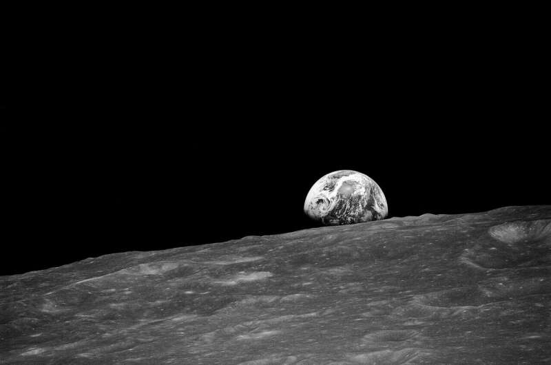 Here comes the sun: Planetary scientists find evidence of solar-driven change on the moon 1