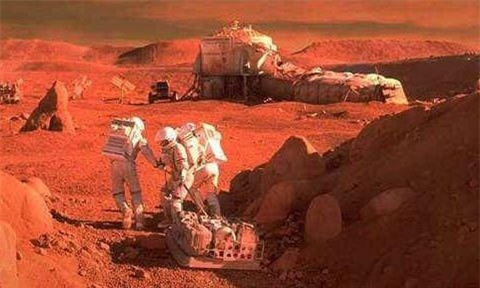 Secret Space Program Whistleblower Claims Humans Are On Mars Since The 70s 2