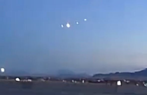 UFO sighting over Utah: Bizarre light formation is 'cloaked alien craft' claims ET hunter 2