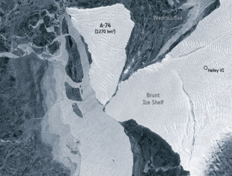 An Iceberg the Size of LA Barely Missed Major Collision In Antarctica 2