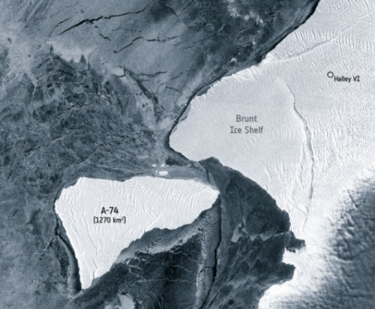 An Iceberg the Size of LA Barely Missed Major Collision In Antarctica 3