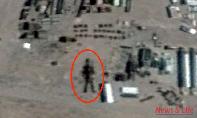 16 Meter Robot Found In Area 51 On Google Earth Map (video) 3