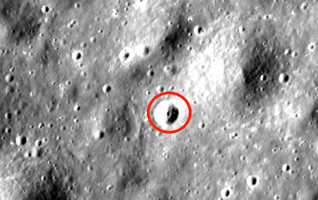 Strange Anomalies Spotted on The Moon – 'Undeniable Proof' Of Alien Life, Claims Expert 1