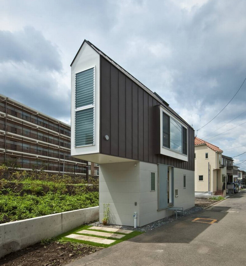 People Laugh At This Narrow House In Japan But Only Until They Look Inside 2