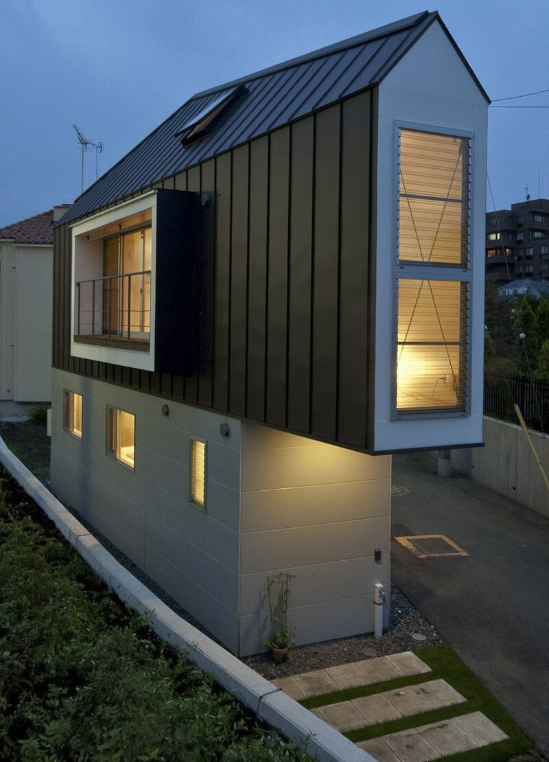 People Laugh At This Narrow House In Japan But Only Until They Look Inside 11