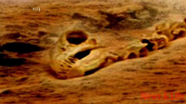 Alien Found On Mars: Is This The Ultimate Proof Mars Was Inhabited By Intelligent Beings In The Past! 5