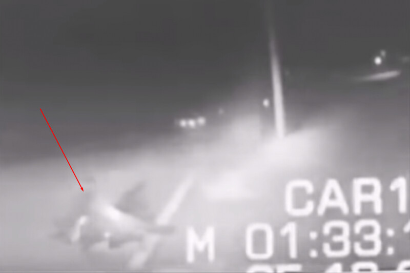 Strange video recorded by dash cam shows a police officer turned into ash by a bright flash (VIDEO) 2