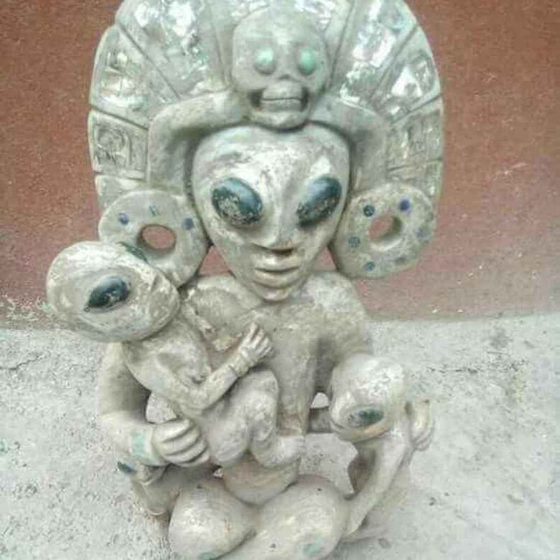 Ancient sculptures depicting alien-like figures have been found in a cave in Mexico 1