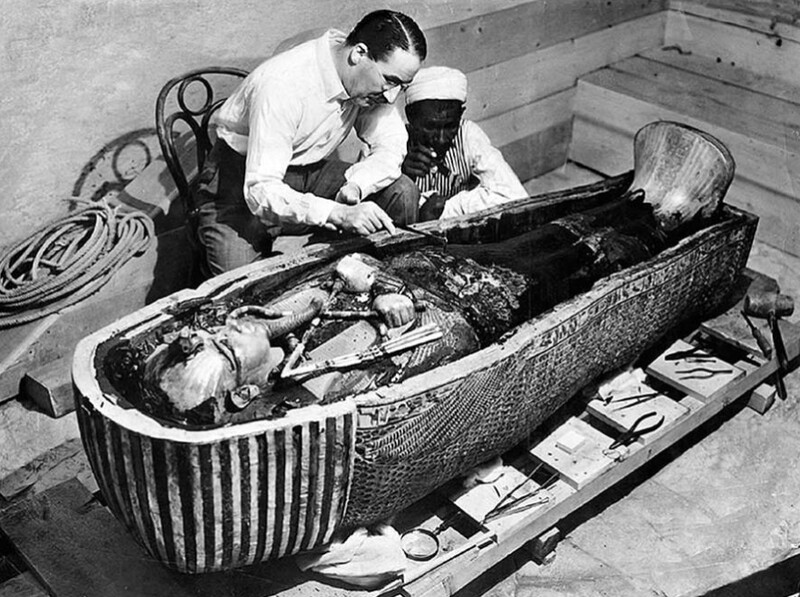 [VIDEO] Why did Tutankhamun have a dagger made from Another World? 2